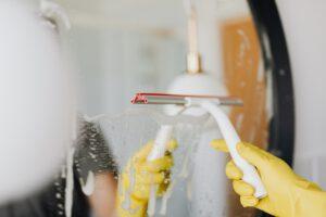 schoonmaakbedrijven leiden